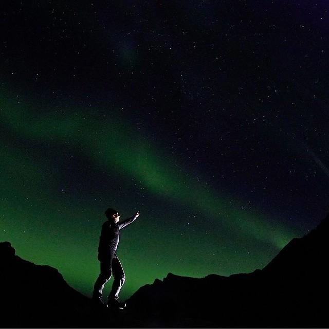 Lofoten. One of the greatest places of my life. Read my blog post about the trip on my website: http://ift.tt/2xhPiN5 #Lofoten #Norway #Aurora #Haglofs #Selfie