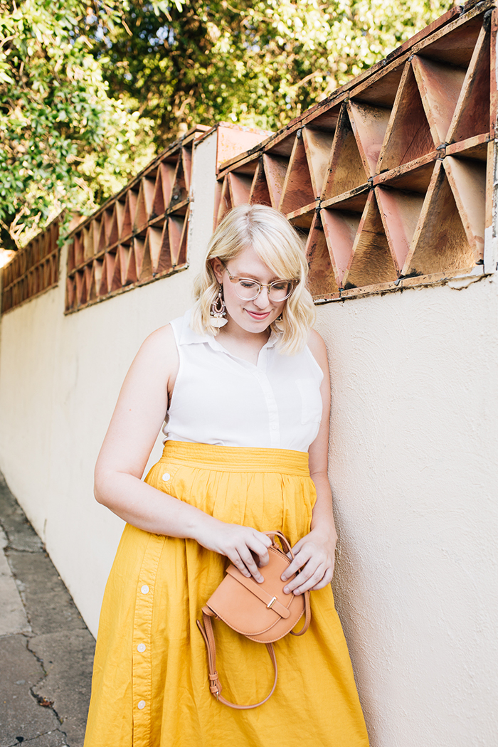 austin fashion blogger writes like a girl madewell yellow midi skirt11