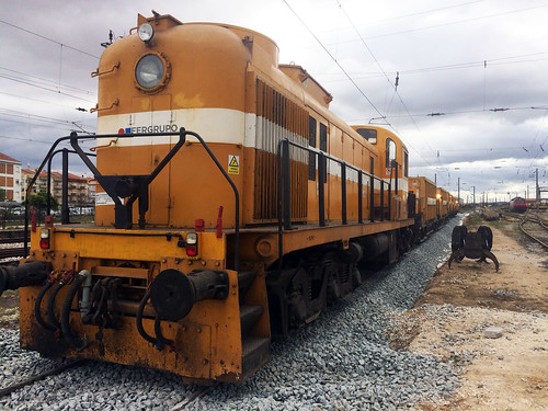 Fergrupo takes on new track maintenance contracts in the Portuguese rail network