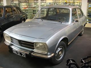 Peugeot_504_Paris_1977_R1