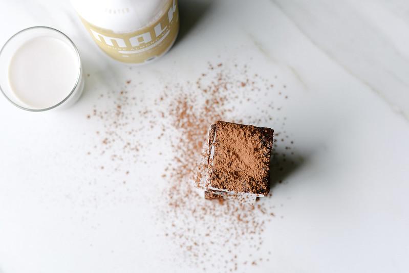 Paleo Zucchini Cocoa Brownies