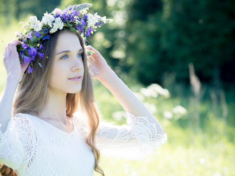 flower-girl-photoshoot-summer