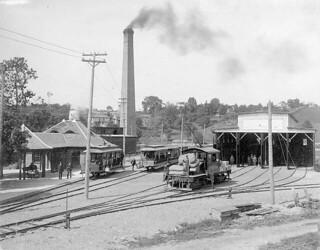 Station and car barns of P. & B. & G.P. & H. street railway, Preston, Ontario / Gare et dépôt de voitures de la compagnie GP&H et P&B, Preston (Ontario)