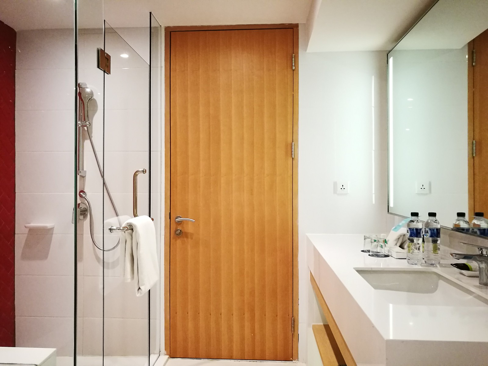 Suite bathroom interior