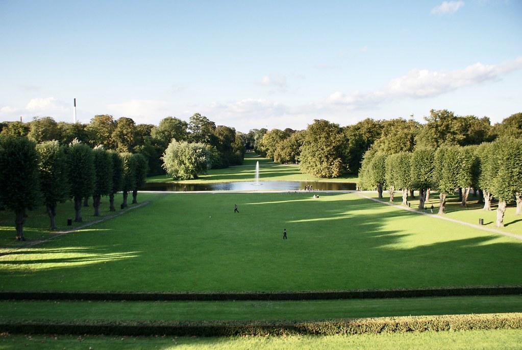 Parc de Frederiksberg Have à Copenhague : Vue depuis l'arrière du Palais.