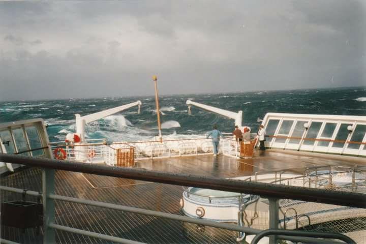 QE2 in choppy North Atlantic seas.
