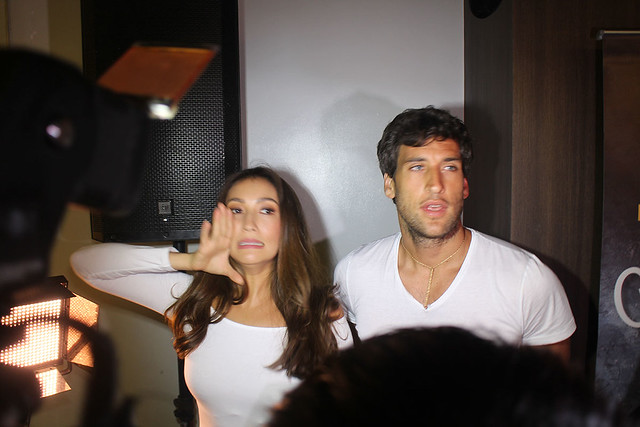 Solenn Heussaff Nico Bolzico Duane Bacon Kenny Rogers Chicken Food Garlic Butter 4
