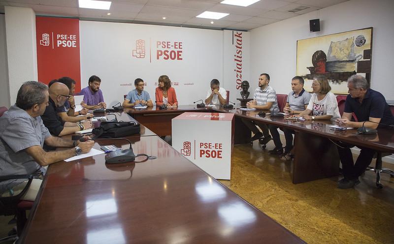 Reunión de la Ejecutiva del PSE-EE con el Comité de Empresa de La Naval.