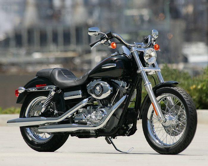 Harley-Davidson 1450 DYNA SUPER GLIDE CUSTOM FXDC 2005 - 20