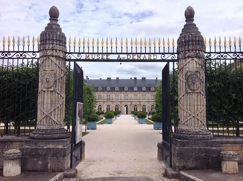 Château de Champlitte et ses coulisses