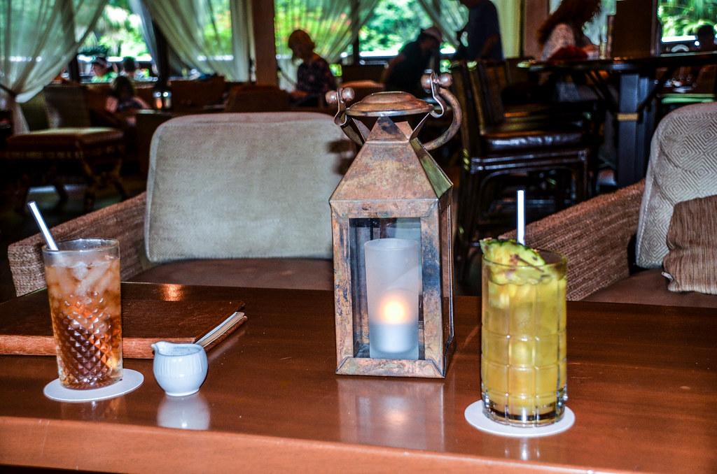 Nomad Lounge drinks AK