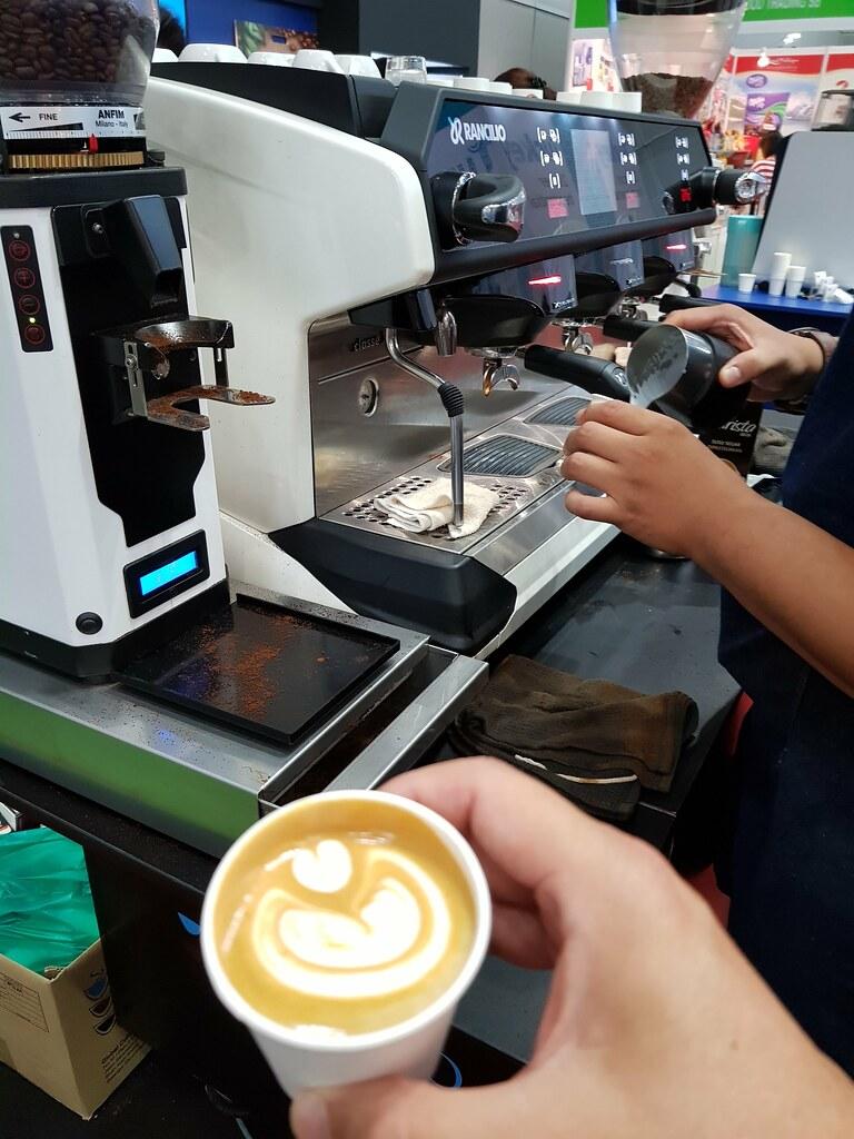Ditting Coffee Grinder Coffee @ FHM2017 KLCC