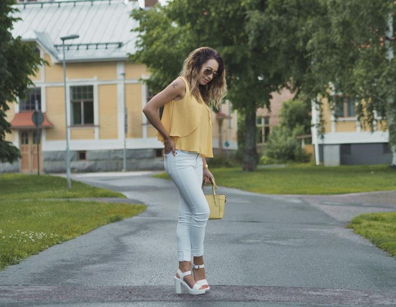 summer-outfit-kesä-asukokonaisuus-viileällä-säällä