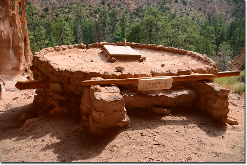Reconstructed kiva at Alcove House 1