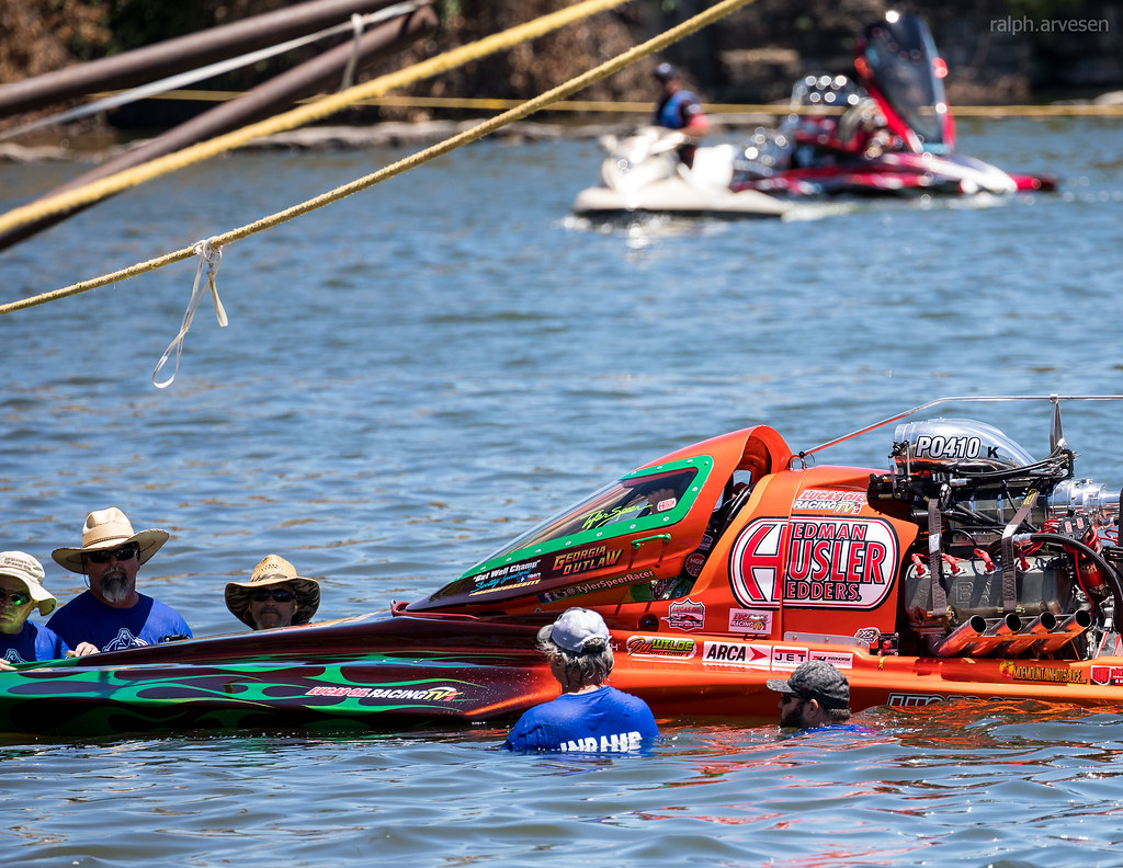 Pro Outlaw At The Lucas Oil Drag Boat Race Series In