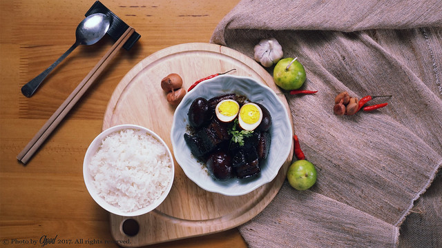 Traditional Hong Kong Ginger and Sweetened Vinegar Pork Recipe