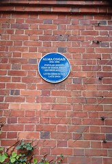 Photo of Alma Cogan blue plaque