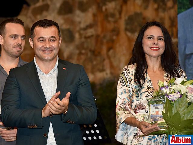 Adem Murat Yücel, Şenay Lambaoğlu
