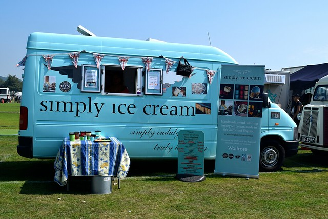 Simply Ice Cream at We Love Hythe Food Festival | www.rachelphipps.com @rachelphipps