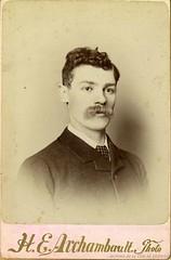 Azade Houde, père de Camillien Houde. - [188?]. Photo par H.E. Archambault photo. P146-1-2-D01-P001. Archives de la Ville de Montréal.