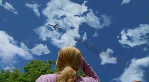 A quelle altitude volait l'avion 815 au moment du crash ? 36207457452_72ba8fa364_o