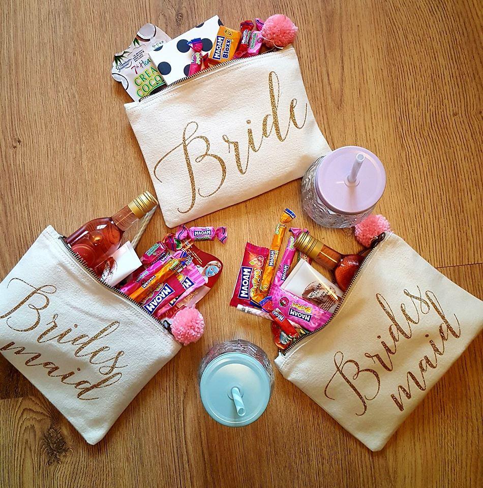 Wedding DIY's - bridesmaid bags