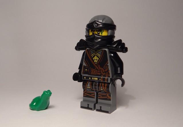 Mini-recenzja #16 – Magazyn Lego Ninjago 72017 8
