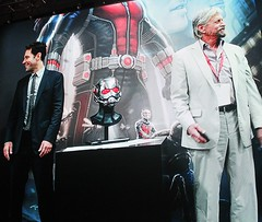 2017-Ant Man Cast Photo at the Marvel Booth at SDCC-01
