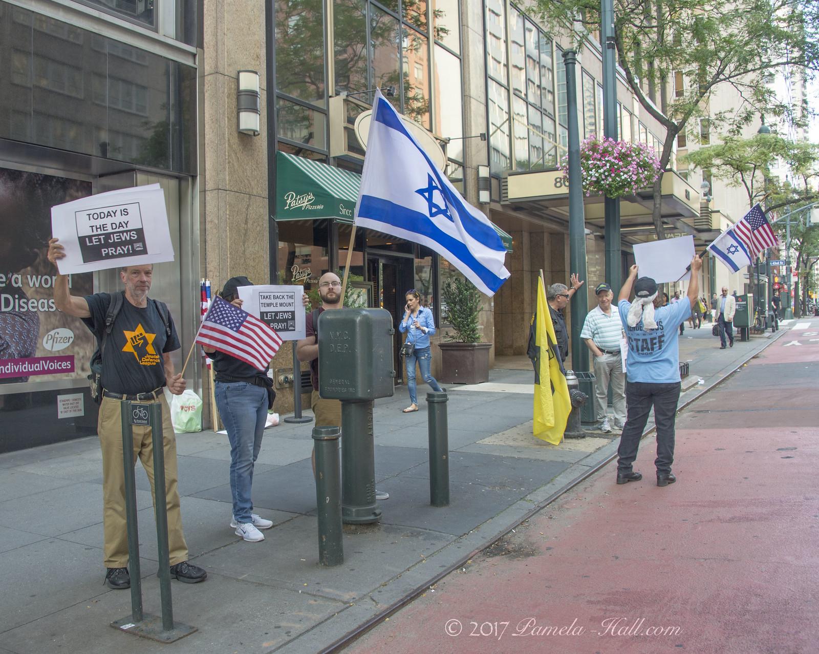 Rally for Jewish Prayer Upsets Israeli Consulate | American-Rattlesnake
