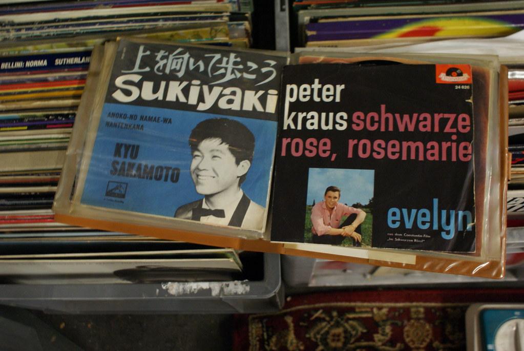 Coin musique : Vinyls dans la brocante Den Blå Hal à Copenhague.