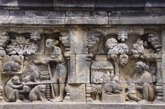 Kisah Jataka kelinci bijak dalam panel relief Candi Borobudur