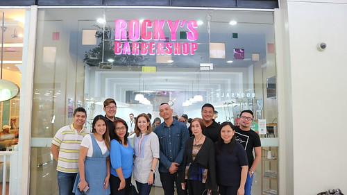 Ms. Kay Gempesaw at Rockys Barbershop spa party event and Kadayawan treat of argan oil hair spa and foot spa services for men & women IMG_0195