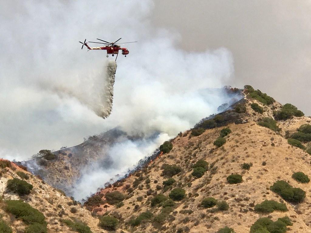 LAFD and Allied Agencies Battle 'La Tuna Wildfire'