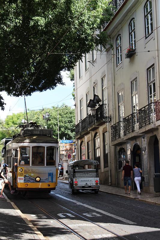 tramway 28 alfama