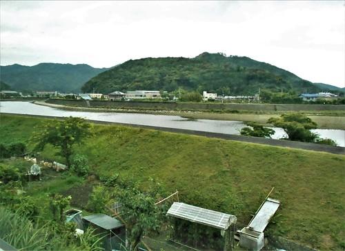 jp-Kannoura-Tokushima-train (12)