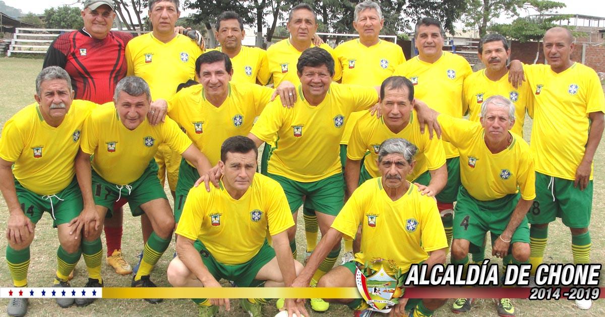 Con normalidad se desarrolla V campeonato de fútbol máster copa Dr. Deyton Alcívar 2017