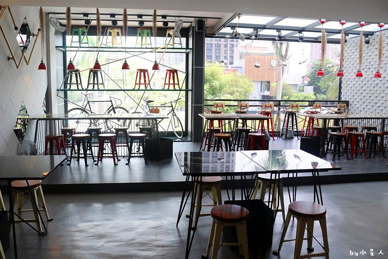 36679663723 f07917d580 b - 熱血採訪   KATZ 卡司複合式餐廳二店,超人氣創意美韓料理,奶蓋咖哩烏龍麵好吃!