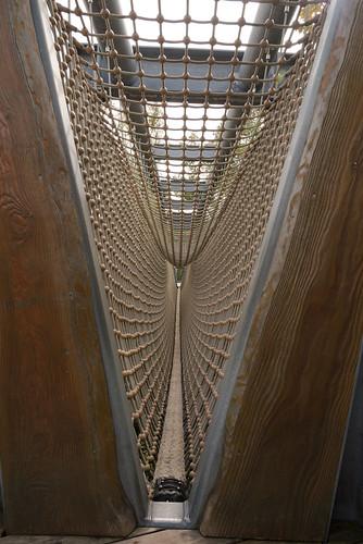 eine Schauckelbrücke