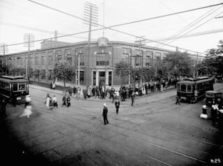 Russell Motor Car Co. Ltd., Plant No. 2, King and Dufferin streets, Toronto, Ontario / Usine no 2 de la Russell Motor Car Company Ltd., aux rues King et Dufferin, Toronto (Ontario)