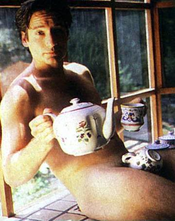 duchovny-teacup1
