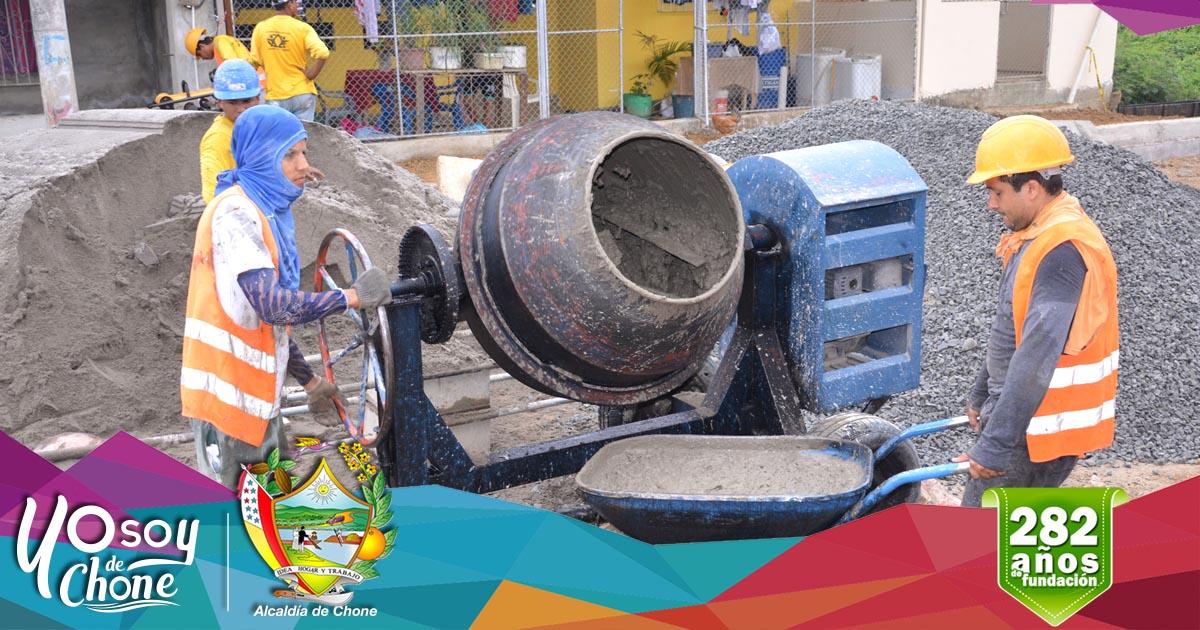 Continúan trabajos en la calle Gonzalo Rivadeneira del barrio Tacheve