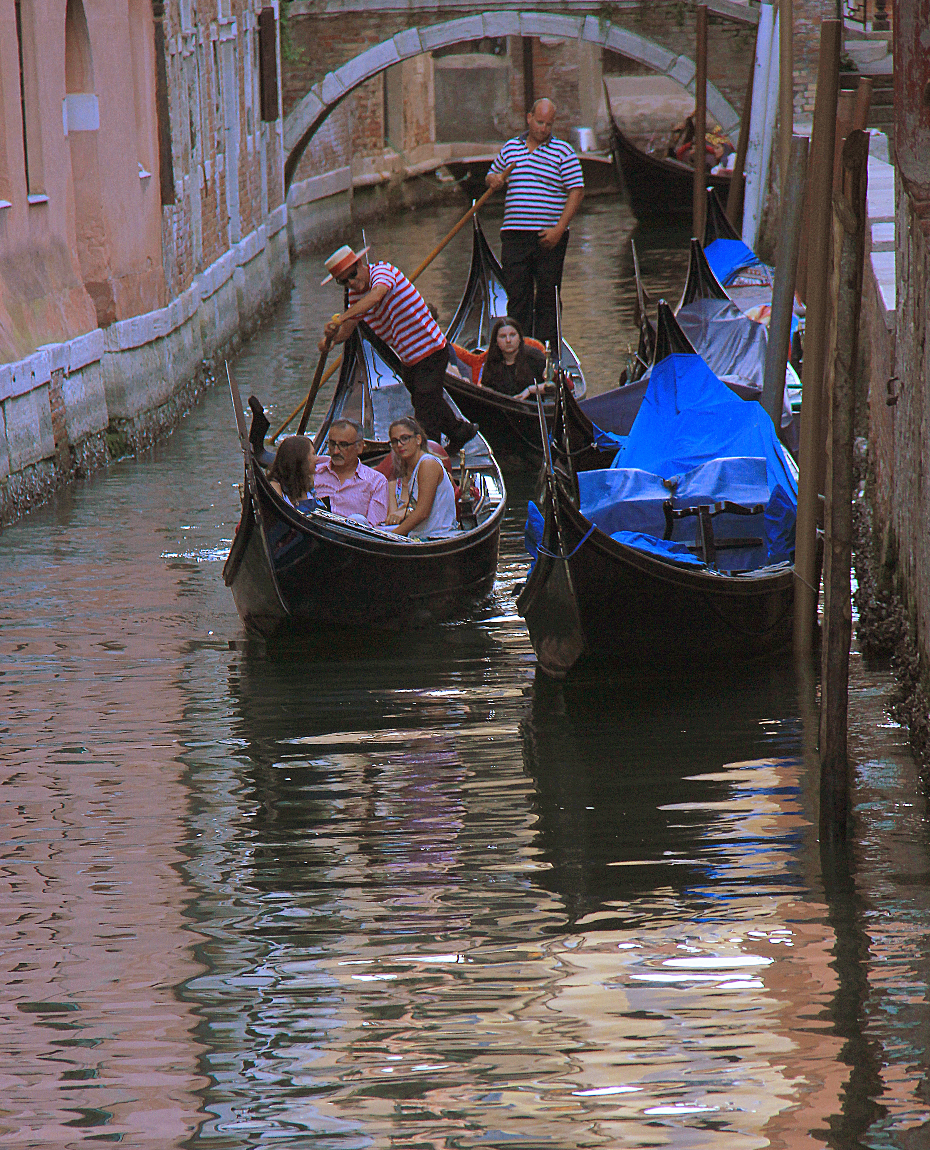 Visiting Venice on a budget means curtailing expensive pleasures like gondola ride.