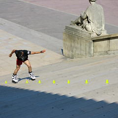 Freestyle Slalom on the Trocadero stairs