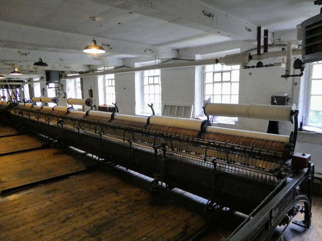 Spinning mule, Quarry Bank Mill, Wilmslow