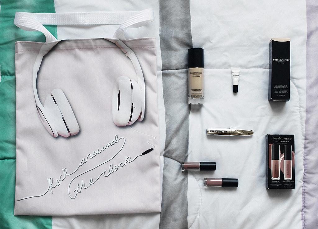 4446-beauty-makeup-skincare-bareminerals-influenster-barepro-foundation-sponsored-ad-clothestoyouuu-elizabeeetht-flatlay本