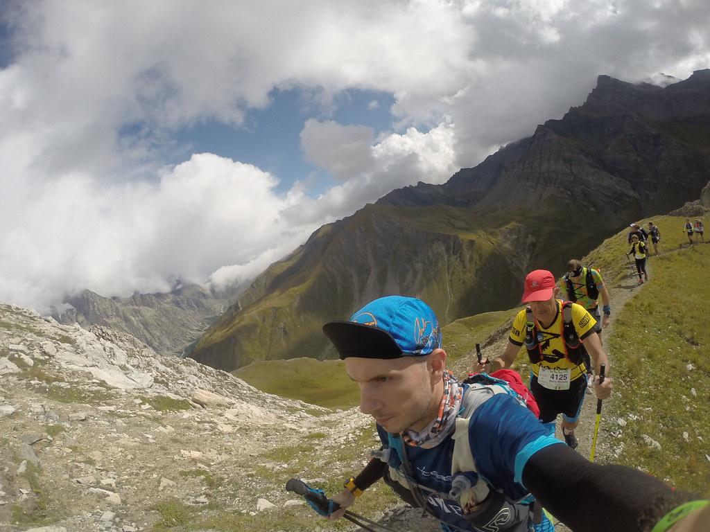 Camino al Refugio Bertone UTMB Chamonix