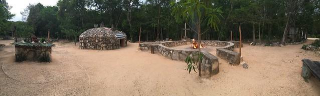 В Гості до Майя