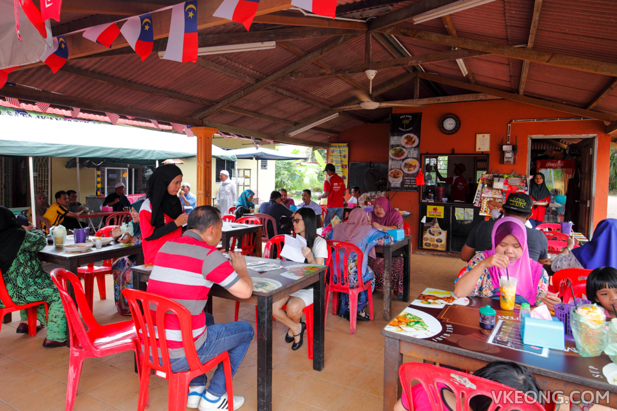 Sg Putat Mee Kari Stall Melaka