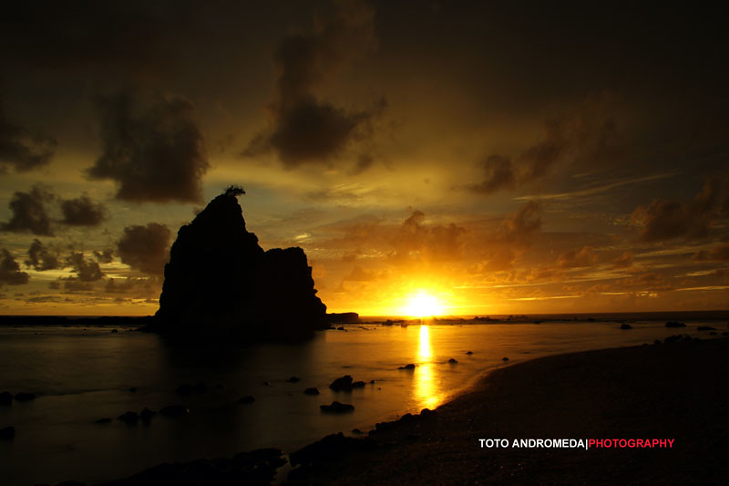 Sunset di Tanjung Layar