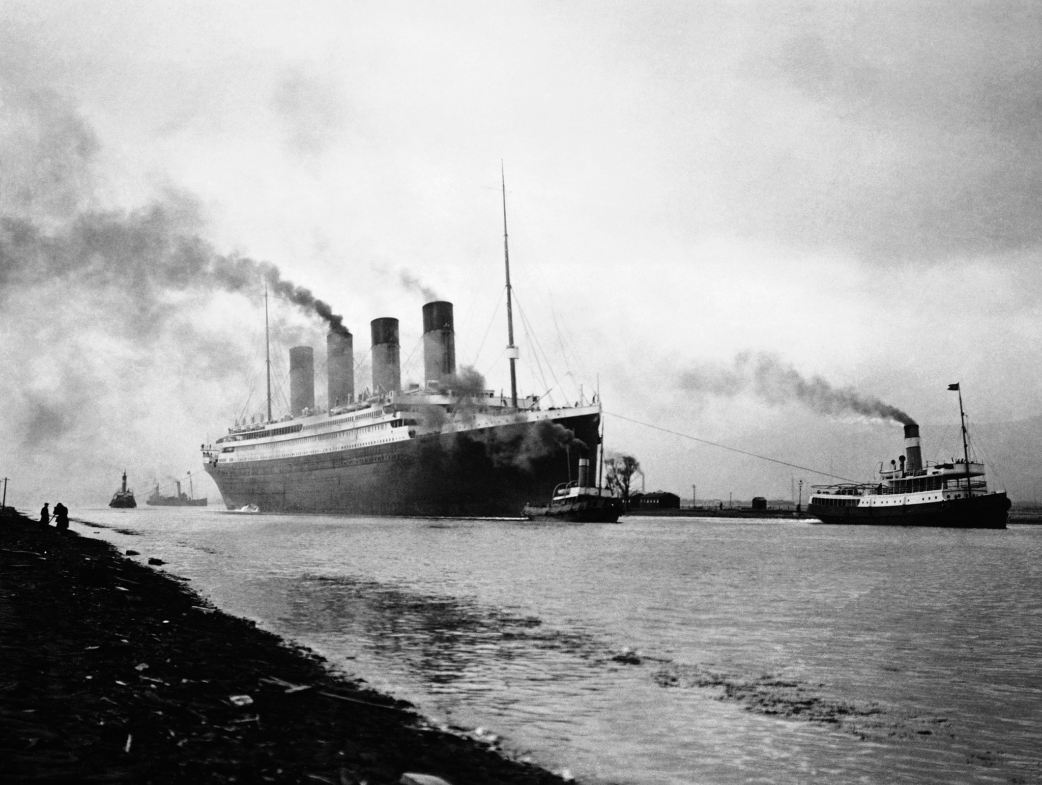 Titanic leaves Belfast for sea trials on April 2, 1912. © Hulton-Deutsch Collection/CORBIS